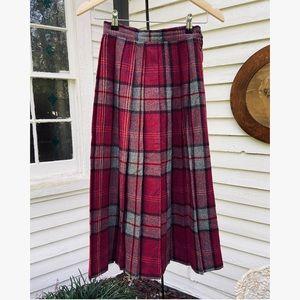 Vtg Pleated Autumn Plaid Skirt